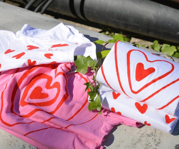 fabulas-con-moraleja-empoderamiento-femenino-camisetas-pintadas-a-mano
